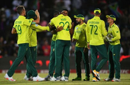 10 South African cricketers exposed to Covid-19 ahead of Sri Lanka series